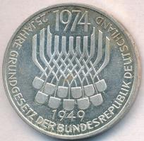 NSZK 1974F 5M Ag 25 éves az Alkotmány T:2 patina FRG 1974F 5 Mark Ag 25th Anniversary - Constitutional Law C:XF patina Krause KM#138