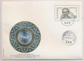 NSZK 1975G 5M Ag Albert Schweitzer lezárt, bélyeges, bélyegzős borítékban T:1- patina FRG 1975G 5 Mark Ag Albert Schweitzer coin is sealed envelope with stamps C:AU