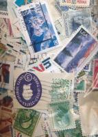 ~167 g USA bélyeg tasakban ömlesztve