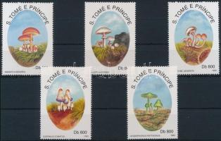1993 Gomba sor Mi 1392-1396