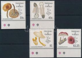1990 Gomba, bélyegkiállítás ívszéli sor Mi 592-595