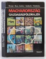 Magyarország gazdaságföldrajza. Szerk.: Bernát Tivadar. Bp, 1986, Kossuth Könyvkiadó. Kiadói egészvászon, kiadói papírborítóban.