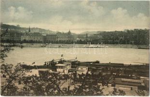 Budapest, budai rakpart, uszályok (EK)