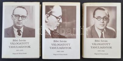 Bibó István válogatott tanulmányok I-III. Bp., 1986, Magvető Könyvkiadó. Kiadói egészvászon, kiadói papír védőborítóban. Jó állapotban.