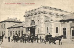 Székesfehérvár, Vasútállomás (ázott sarkak / wet corners)