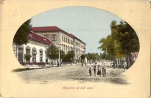 Mezőtúr, Erdődi utca, Patai Mihály üzlete, Borbély Gyula kiadása (kopott sarkak / worn corners)