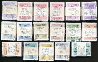 2000-2002 Antik bútorok 17 klf értéke 30-90-es kötegekben, összesen 1.080 db bélyeg (38.650)