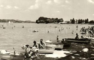 53 db főleg MODERN fekete-fehér Balaton és környéki városképes lap / 53 mostly modern black and white Hungarian town-view postcards from the Balaton