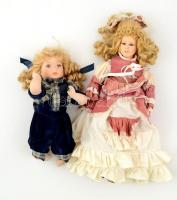 2 db göndör szőke hajú porcelán baba, h: 36 és 46 cm