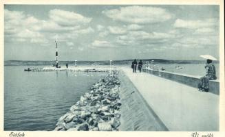 Siófok - 3 db RÉGI városképes képeslap, hajóállomás, új móló, japán park / 3 pre-1945 townview postcards, ship station, molo, park
