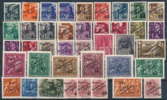 Ungvár II. 1945 40 db klf magszállási bélyeg, közte 3 db tévnyomat, garancia nélkül