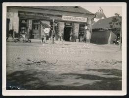 cca 1920-1930 Kecskemét Hangya Szövetkezet, fotó, felületén sárüléssel, 9x12 cm