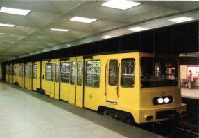20 db MODERN használatlan BKV motívumlap, villamosok, metró / 20 modern unused Hungarian public transport motive cards, trams, metro