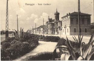 Viareggio, Viale Carducci / street