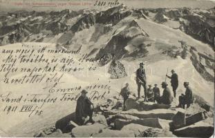Schwarzenstein, Grossen Löffler, hikers (EK)