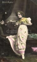 12 db RÉGI színésznős motívumlap, vegyes minőség / 12 pre-1945 actresses, mixed quality