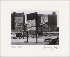 1983 Jankovszky György(1946-): New York, feliratozva, aláírt, pecséttel jelzett, kartonra kasírozva, fotó: 12x17,5 cm, karton: 21x26 cm