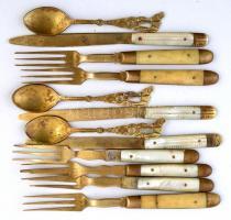 Gyöngyház és csont nyelű evőeszközök