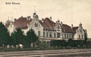 Brád, Brad; Vasútállomás, kiadja Ábrahám István / railway station (kis szakadás / small tear)