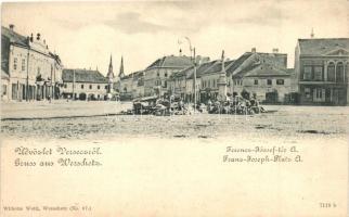 Versec, Vrsac; Ferenc József tér, piac, kiadja Wilhelm Wettl / square, market (EK)