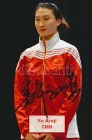 Xu Anqui olimpiai bajnok vívó saját kézzel aláírt fotója / Autograph signed photo of Olympic Games contestant 16x10 cm