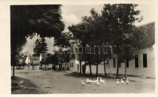 1953 Kóny, utcakép. Képzőművészeti Alap Kiadóvállalat