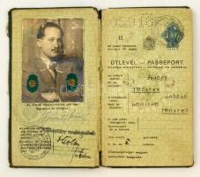 1938 Bp., A Magyar Királyság által kiállított fényképes útlevél, izraelita vallású, román vízummal / Hungarian passport