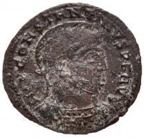 Római Birodalom / Siscia / I. Constantinus 318-319. AE Follis (2,07g) T:2- Roman Empire / Siscia / Constantine I 318-319. AE Follis IMP CONSTANTINVS P F AVG / VICTORIAE LAETAE PRINC PERP - VOT PR - BSIS (2,07g) C:VF RIC VII 53.