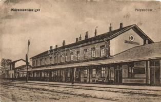 Máramarossziget, Sighetu Marmatiei; vasútállomás / railway station (fl)
