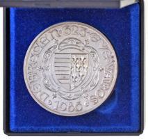 Tóth Sándor (1933-) 1986. Debrecen 625 éve város jelzett Ag piefort emlékérem (71,83g/0.835/42,5mm) T:BU