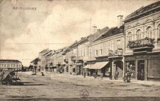 Kézdivásárhely, Targu Secuiesc; Fő tér, Jancsó F. Lajos és Dávid István üzlete / main square, shops (EK)