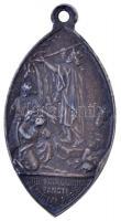 ~1930. Szent László király oltalma alatt ovális fém vallási medál füllel. Szign.: Kissing (49x26mm) T:2