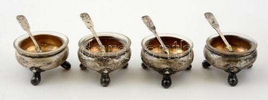 Ezüst(Ag) fűszertartók, 4 db, üvegbetéttel, jelzett, d: 5 cm, nettó: 74,4 g + ezüstözött kiskanalak, 4 db