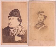 cca 1869-1900 Két bányász portréja, 2 db keményhátú fotó, 10x6 cm