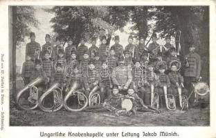 Ungarische Knabenkapelle unter Leitung Jakob Münich / Hungarian boys music band