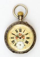 Vésett ezüst tokos zsebóra, festett számlappal, jól jár, szép állapotban, másodpercmutató törött. / Vintage double lid silver pocket watch with painted dial