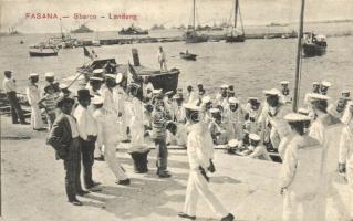 Fazana, Fasana; Sbarco / Landung / K.u.K. Kriegsmarine, arriving mariners