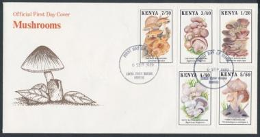 Gomba sor FDC-n Mushrooms set on FDC
