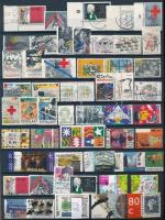 Hollandia 256 db klf bélyeg, benne sorok és záróértékek, felárasok 2 db A4-es berakólapon