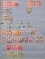 Több mint 500 Turul bélyeg 8 vastag szürke lapos A/4 berakóban zöld borítóval
