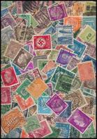 Deutsches Reich Kb. 1000 db bélyeg tasakban ömlesztve