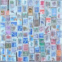 175 db külföldi bündli papírtálcán