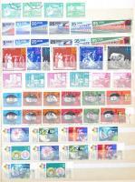 NDK postatiszta-pecsételt párhuzamos gyűjtemény 1970-1983 sorok, blokkok, több bélyeg betapadt, de szétválasztható 2 db 16 lapos, A4-es berakóban (Mi EUR ~1.600)