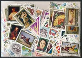 1.000 klf főleg képes bélyeg tasakban ömlesztve