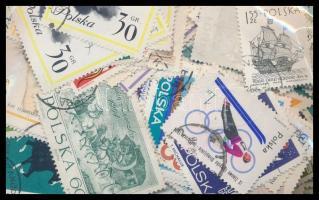 Lengyelország 1.000 db bélyeg tasakban ömlesztve