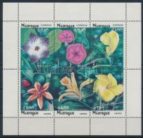 Virágok kisív Flowers mini sheet