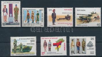 Egyenruha motívum 1979-1988 7 klf önálló bélyeg Uniforms 1979-1988 7 stamps