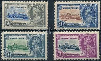 V. György trónra lépésének évfordulója sor George V set