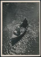 cca 1933 Kinszki Imre (1901-1945): Csónakázó-tó, pecséttel, aláírással jelzett, vintage fotóművészeti alkotás, 18x13 cm