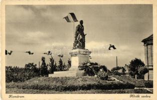 Komárno; heroes monument, Komárom, Komárno; Hősök szobra